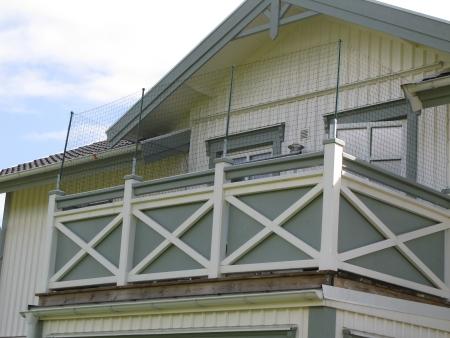 Bygga tak under balkong